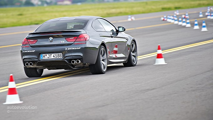 BMW M6 hooning at  Driving Experience