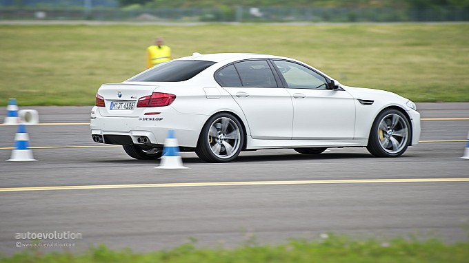 BMW M5 at Driving Experience