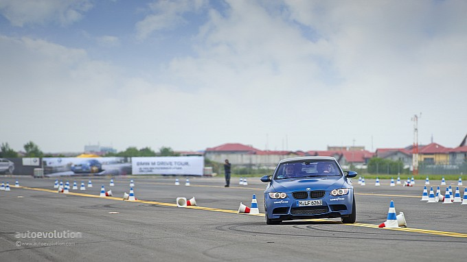 BMW M3 handling at Driving Experience