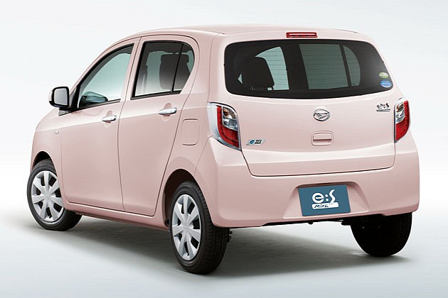 Which hatchback car to buy in 650cc or 1000cc engine capacity range - daihatsu unveils mira es kei car in japan does 75 mpg medium 2