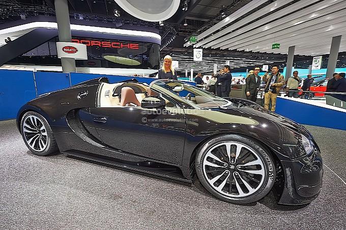 frankfurt 2013 bugatti veyron vitesse legend edition jean bugatti live photos autoevolution. Black Bedroom Furniture Sets. Home Design Ideas