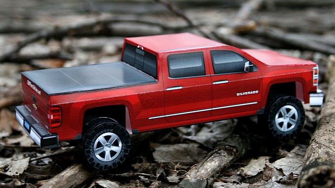 Build Your Own 2014 Chevrolet Silverado Out of Paper