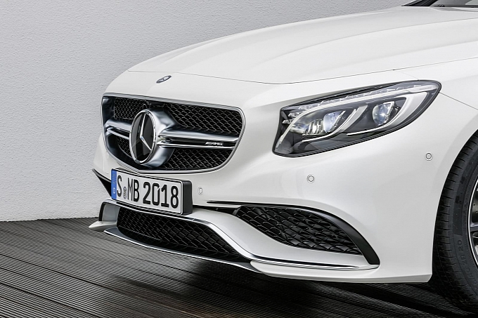 (C217): S63 AMG coupé revelada Mercedes-new-s-63-amg-coupe-revealed-is-a-sexy-brute-photo-gallery-medium_1