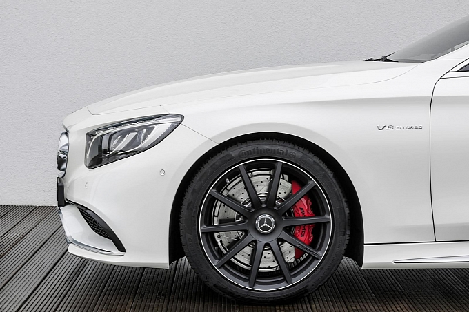 (C217): S63 AMG coupé revelada Mercedes-new-s-63-amg-coupe-revealed-is-a-sexy-brute-photo-gallery-medium_6