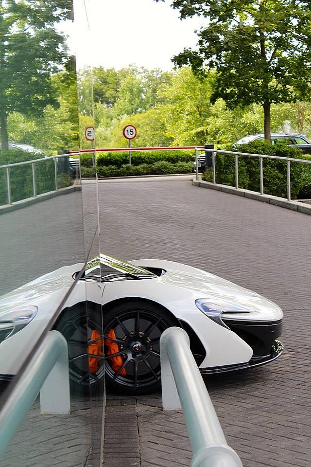 珍珠白色迈凯轮p1即将亮相中国