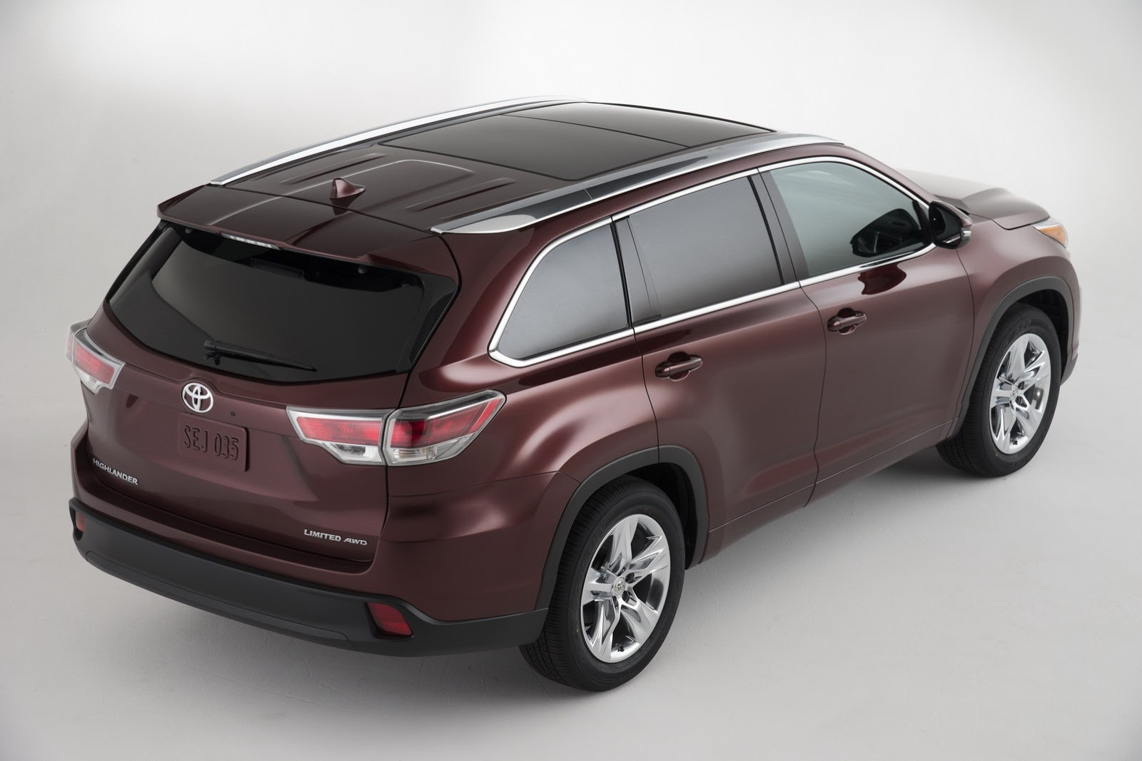 Meet the 2014 toyota highlander autoevolution Toyota highlander 2014 exterior
