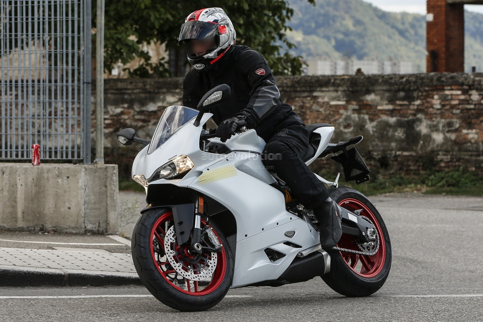 Meet the ducati 959 panigale in the flesh autoevolution