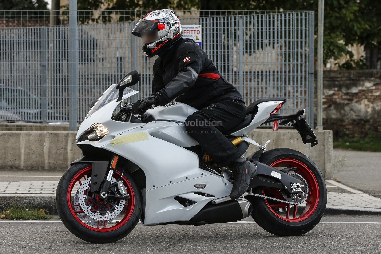 meet the ducati 959 panigale in the flesh - autoevolution