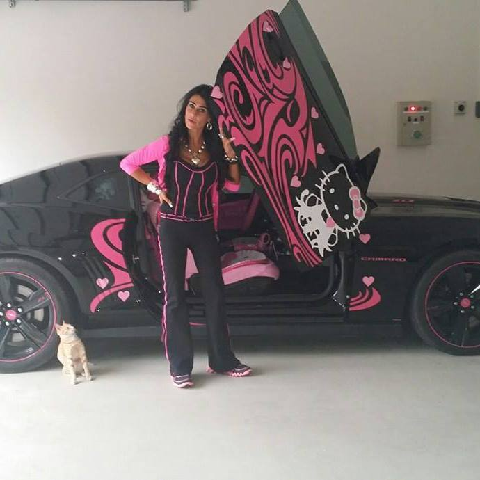 Meet The Owner Of The Hello Kitty Camaro Zl1 Autoevolution