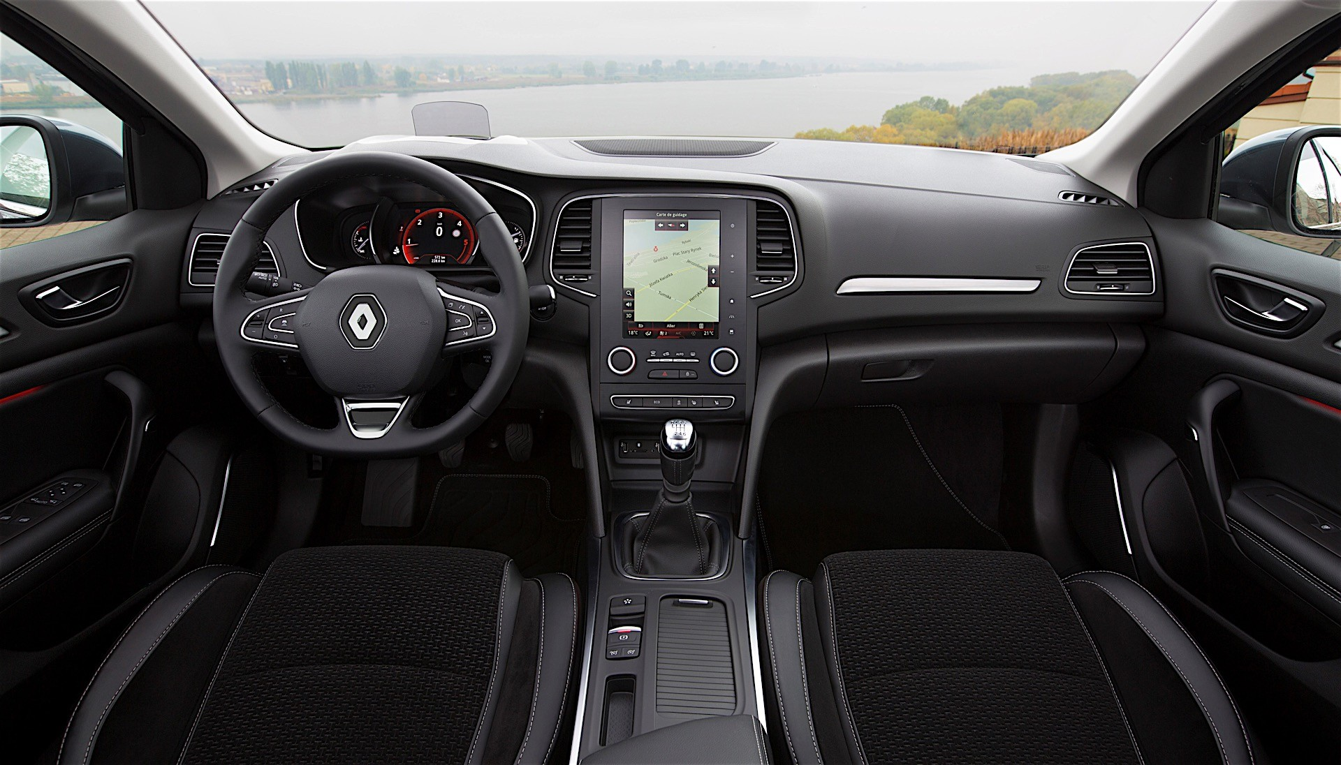 2017 renault megane sedan has full specs sheet revealed autoevolution. Black Bedroom Furniture Sets. Home Design Ideas