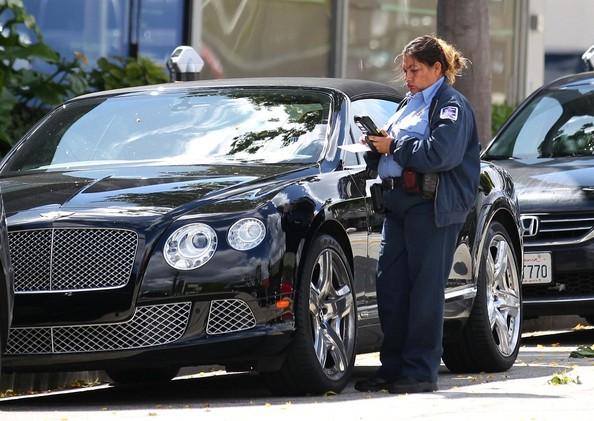 Photo of Melanie Griffith Rolls Royce - car