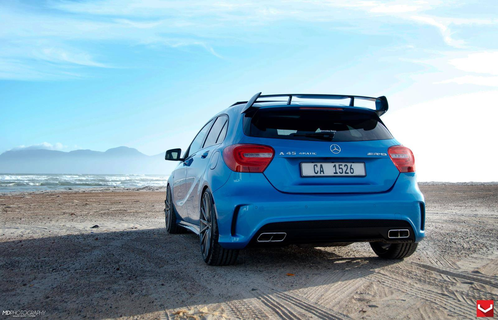 mercedes a45 amg on vossen 20 inch wheels takes a stroll. Black Bedroom Furniture Sets. Home Design Ideas