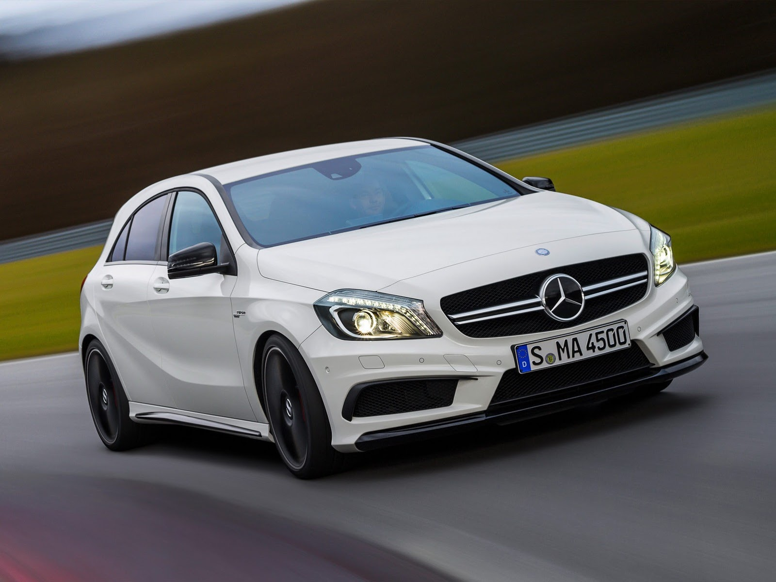 Mercedes a45 amg revealed 360 hp awd 7 speed autoevolution