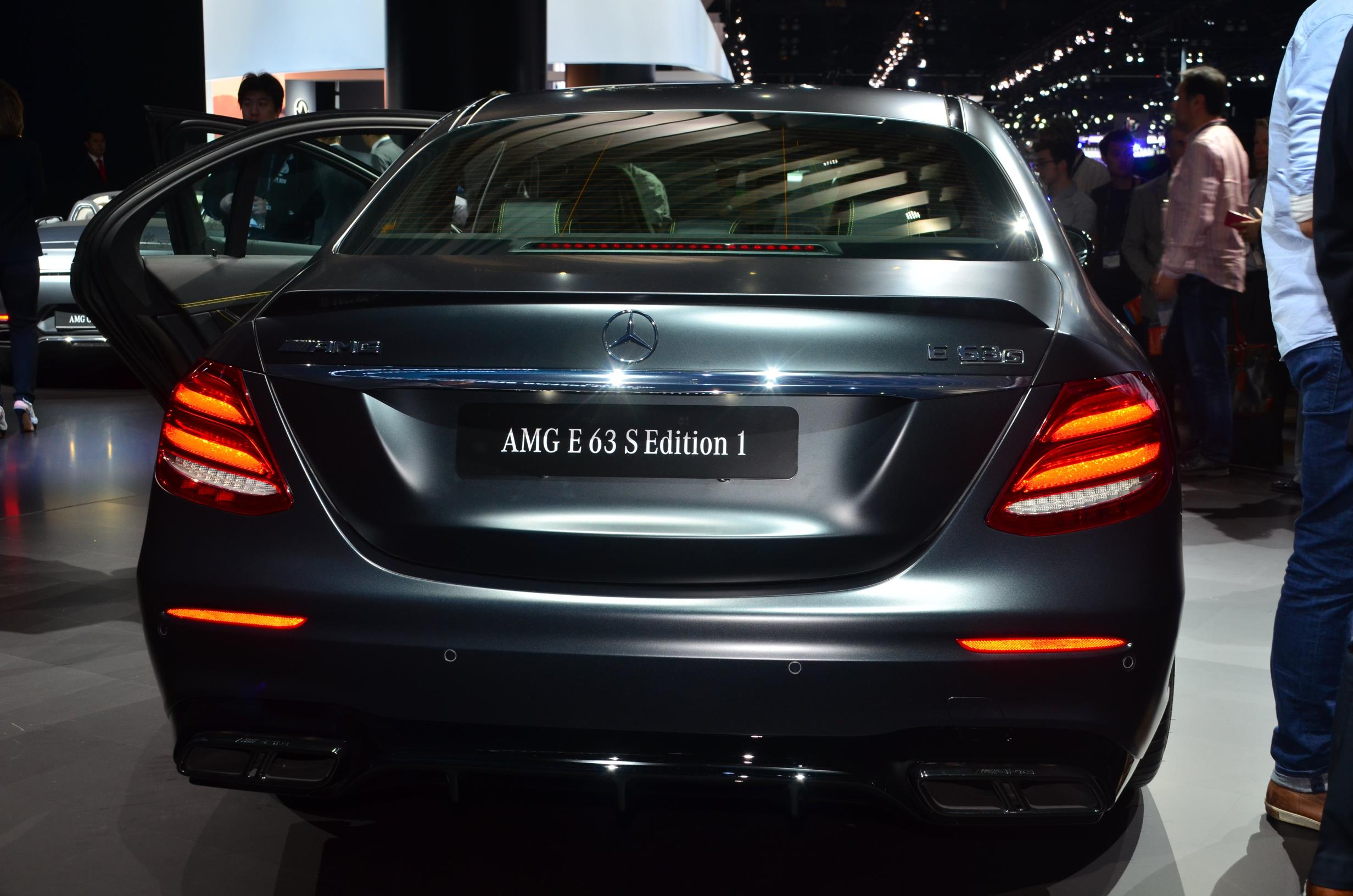 Mercedes-AMG E63 S Edition 1 Is Black at 2016 LA Auto Show ...