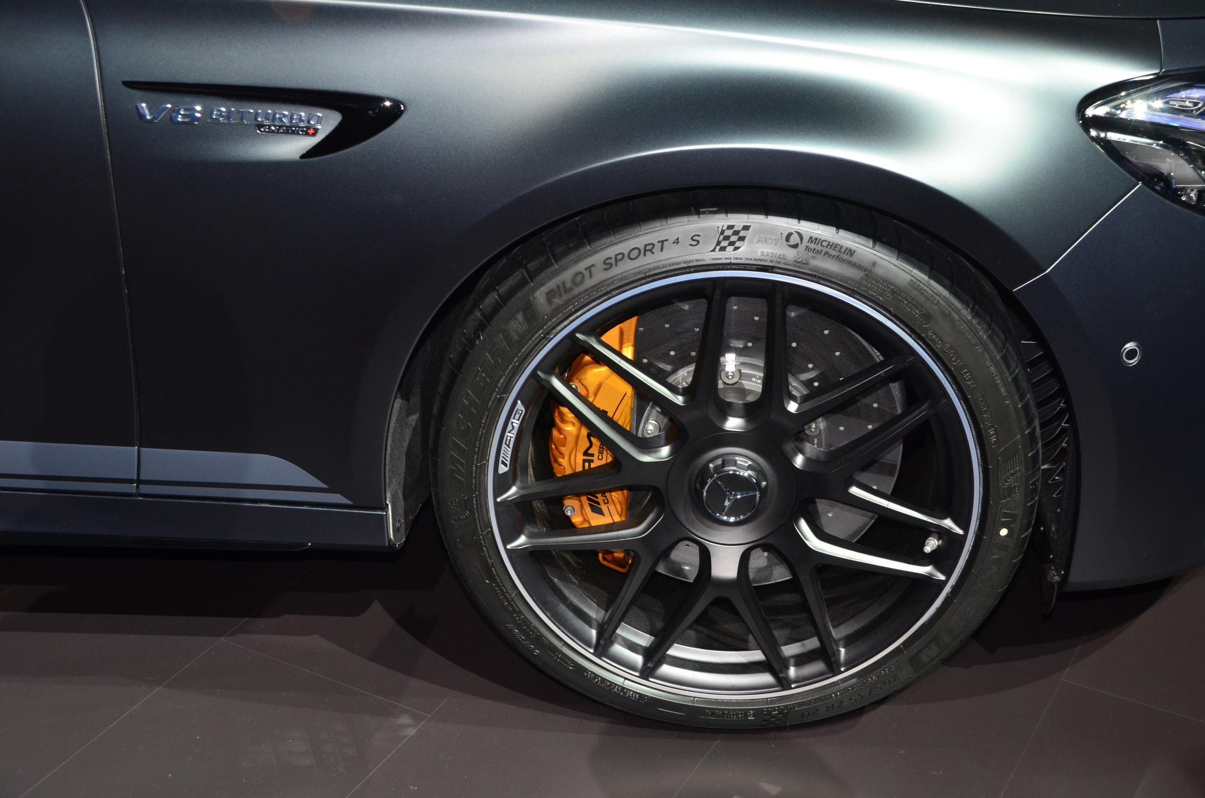 Mercedes Amg E63 S Edition 1 Is Black At 2016 La Auto Show