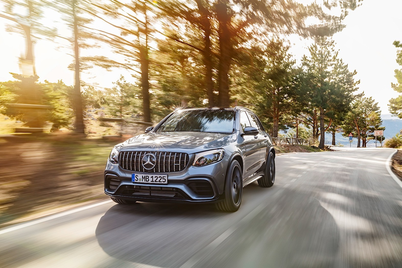 2016 Mercedes GLC 250 d Acceleration Tests and Autobahn Driving