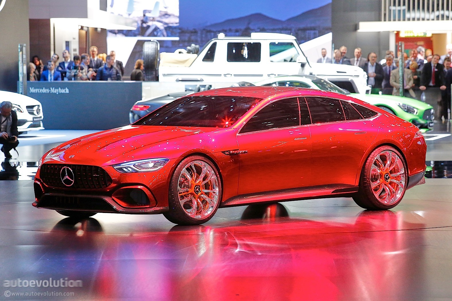 mercedes amg gt concept is a brute in savile row clothing. Black Bedroom Furniture Sets. Home Design Ideas