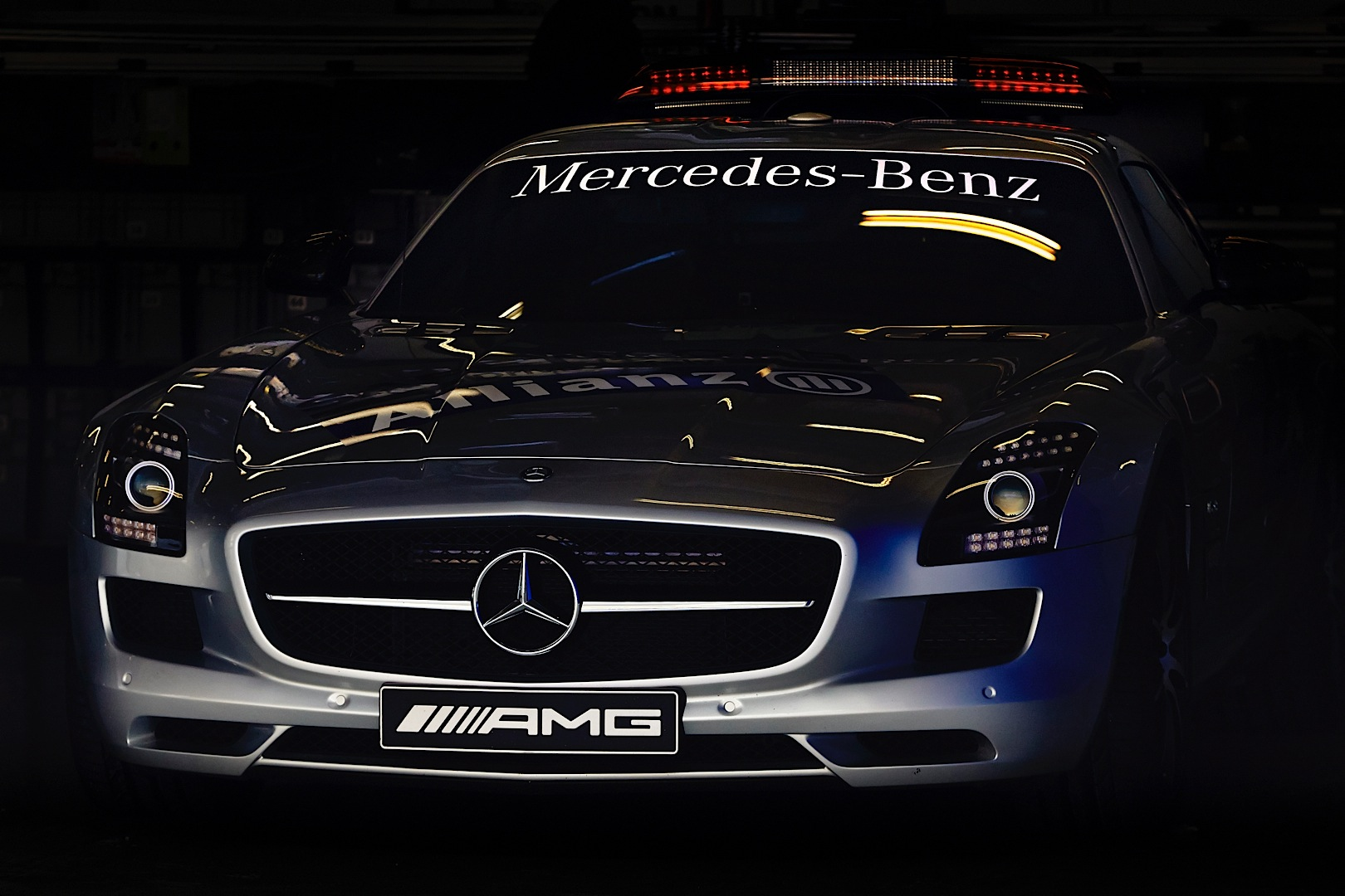 mercedes amg petronas has mixed chinese grand prix. Black Bedroom Furniture Sets. Home Design Ideas