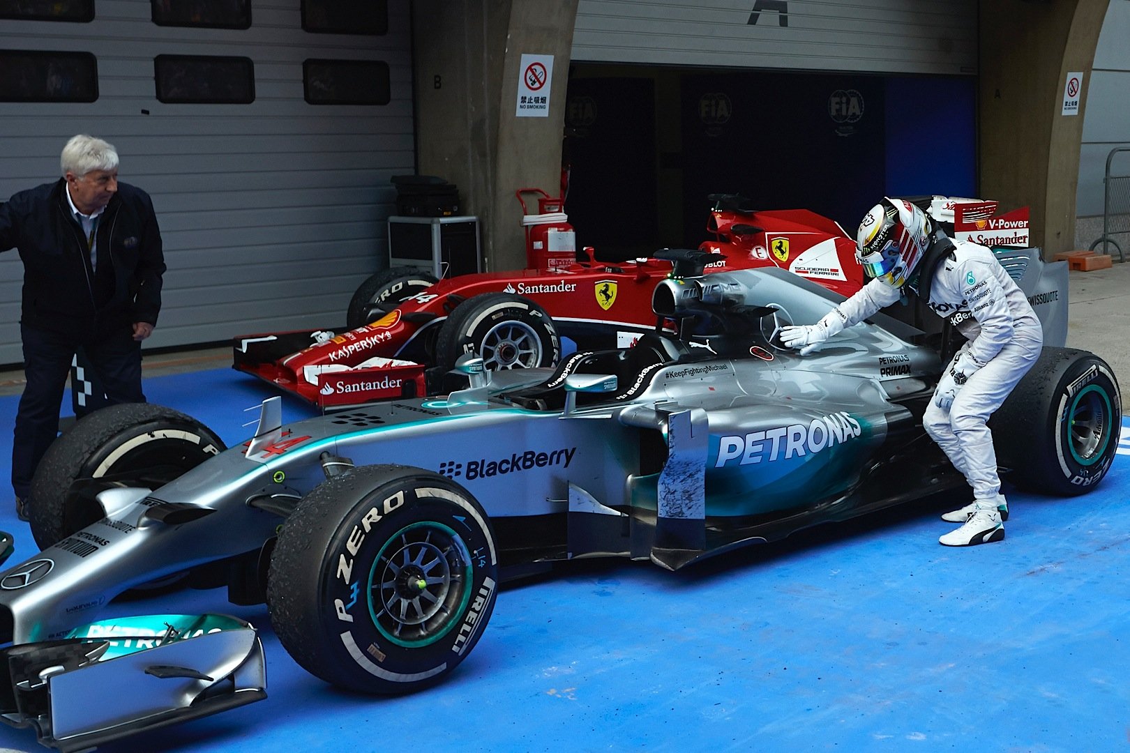 Mercedes amg petronas snatches third one two in china for Mercedes benz petronas
