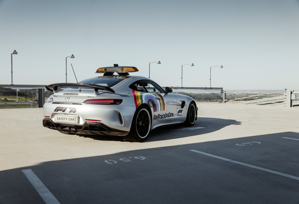 2014 - [Mercedes-AMG] GT [C190] - Page 32 Mercedes-amg-s-official-gt-r-f1-safety-car-is-now-more-inclusive-than-ever_11