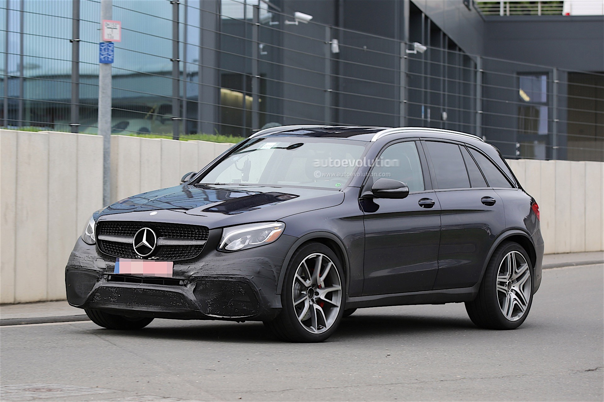 Mercedes Amg Testing New Glc 63 Almost Undisguised Autoevolution