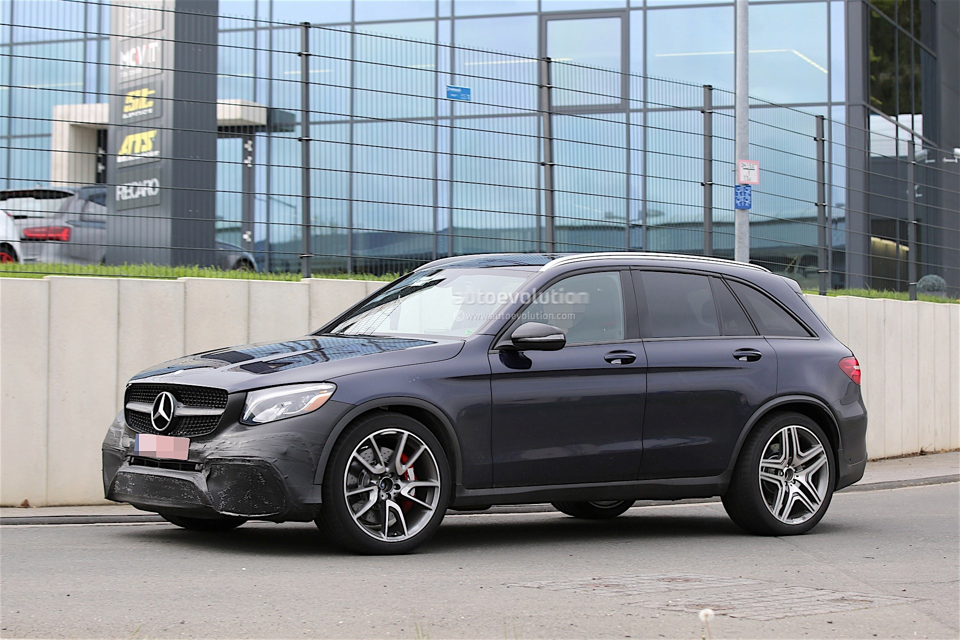 mercedes amg testing new glc 63 almost undisguised. Black Bedroom Furniture Sets. Home Design Ideas