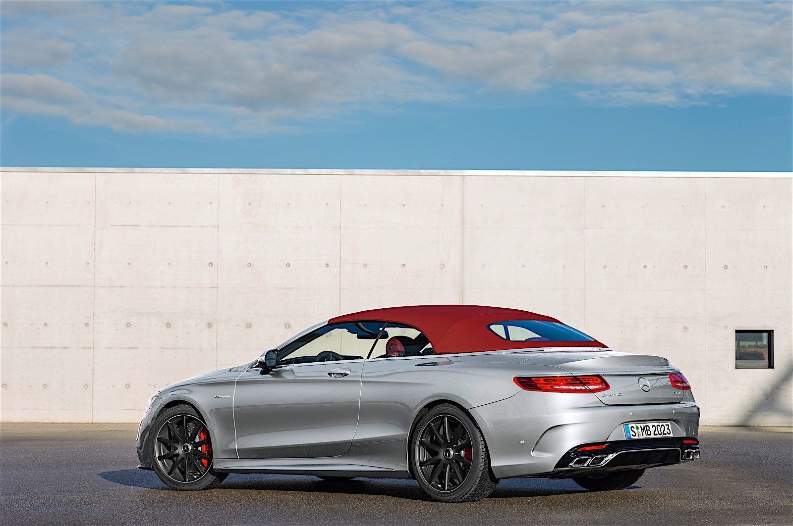 mercedes amg unveils anniversary s63 cabriolet edition 130. Black Bedroom Furniture Sets. Home Design Ideas