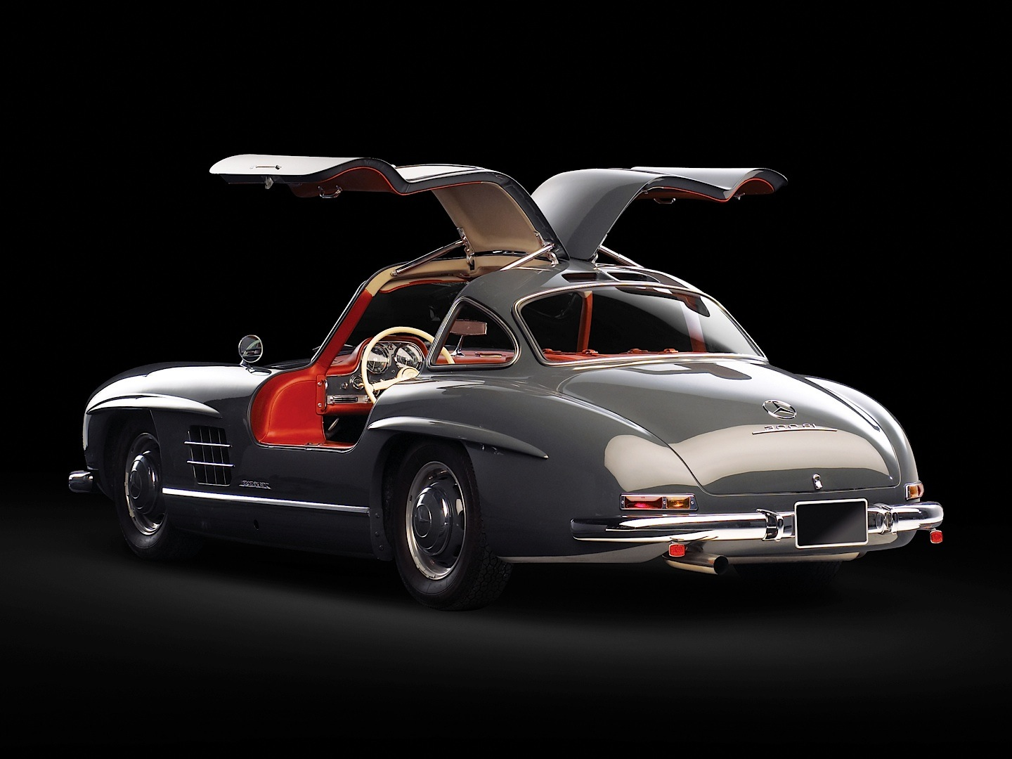 mercedes benz 300 sl in top 5 dream cars by ams autoevolution. Black Bedroom Furniture Sets. Home Design Ideas