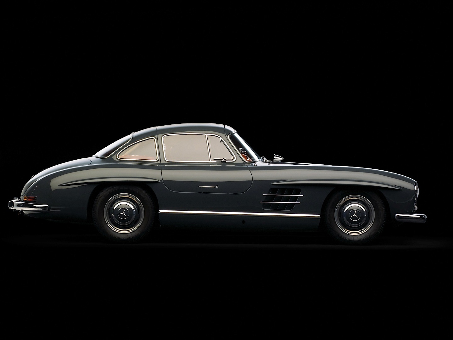 Mercedes benz 300 sl in top 5 dream cars by ams for Mercedes benz sl 300
