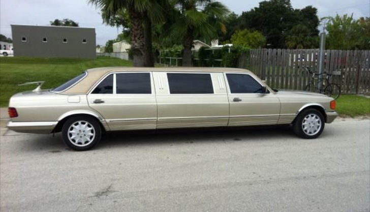 Mercedes benz 500 sel w126 limo looks drug lord friendly for Mercedes benz limo