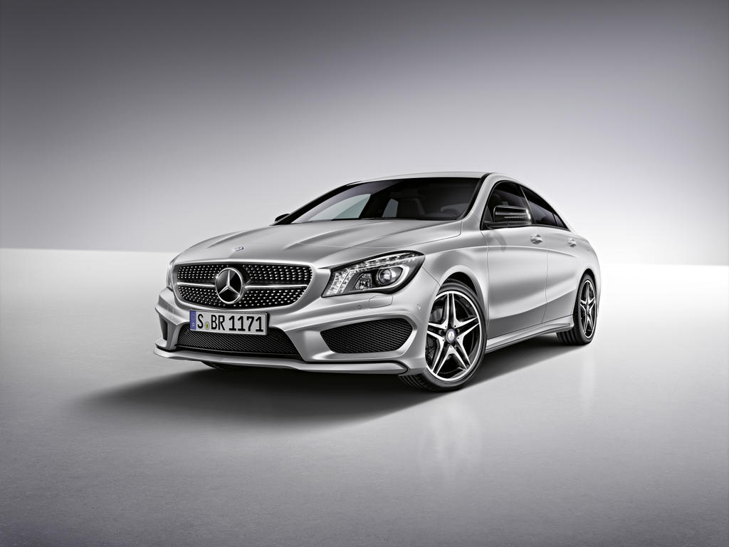 Mercedes benz announces 2014 cla accessories autoevolution for Mercedes benz accessories