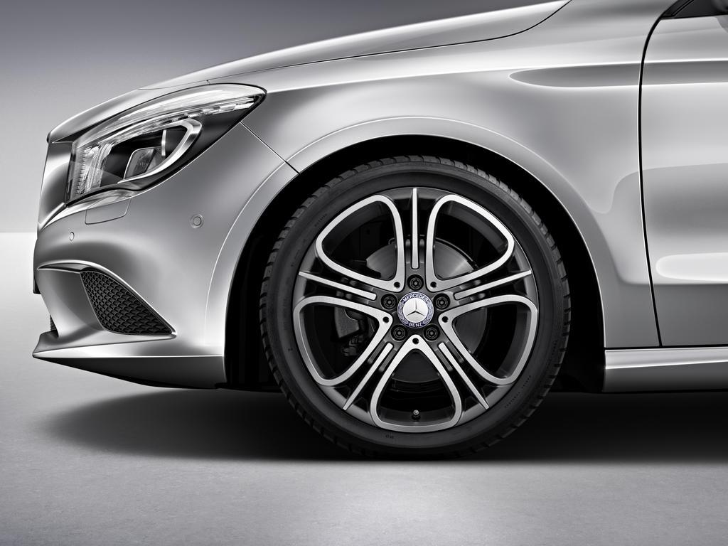 Mercedes benz announces 2014 cla accessories autoevolution for Accessories for mercedes benz