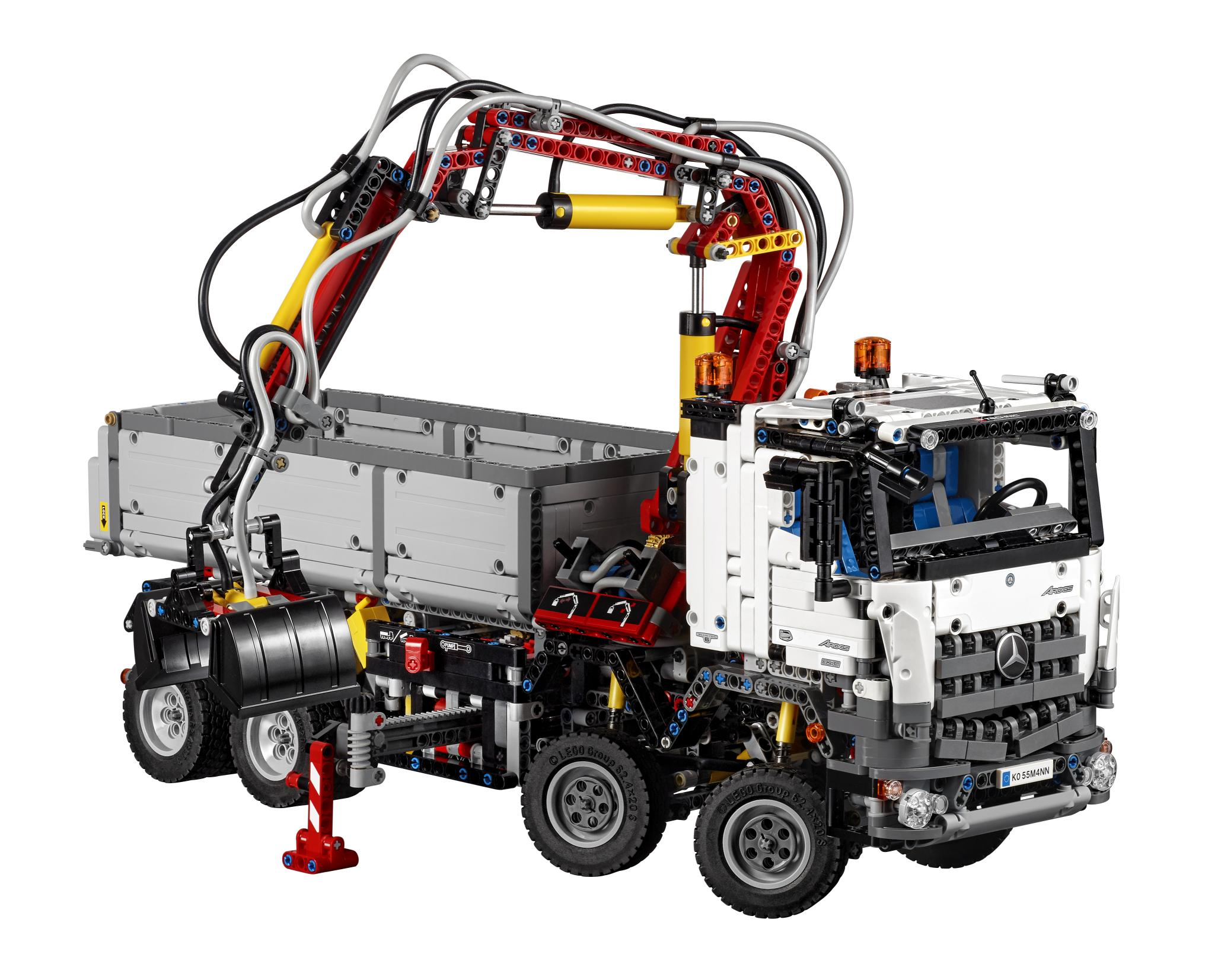 mercedes benz arocs 3245 launched it 39 s a lego technic. Black Bedroom Furniture Sets. Home Design Ideas