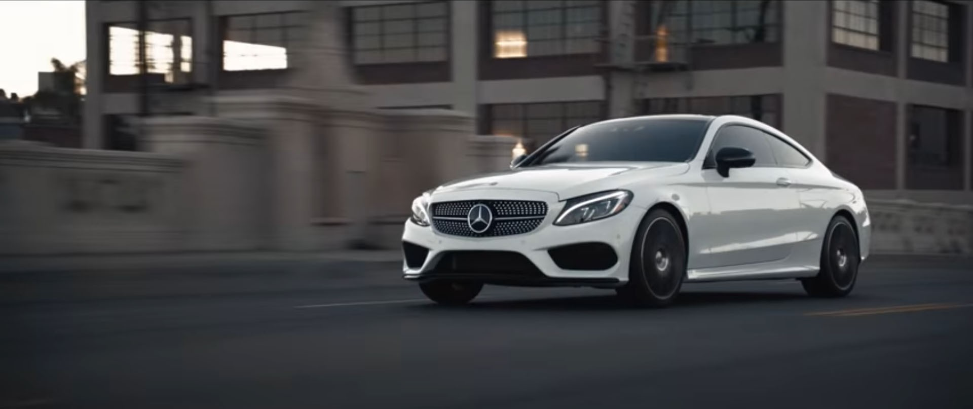 Mercedes benz c class commercial does the exact opposite for Mercedes benz commercial