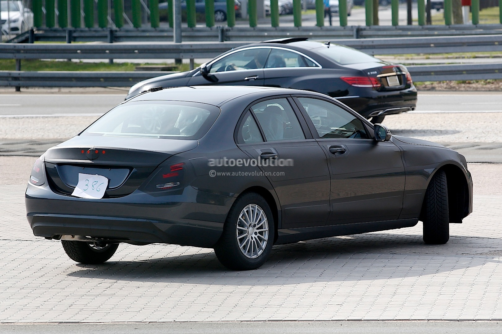 mercedes benz c class w205 sheds more camouflage autoevolution. Black Bedroom Furniture Sets. Home Design Ideas