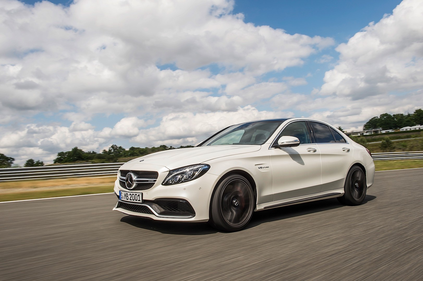 Mercedes amg c63 us pricing starts at 63 900 autoevolution for Mercedes benz c amg price