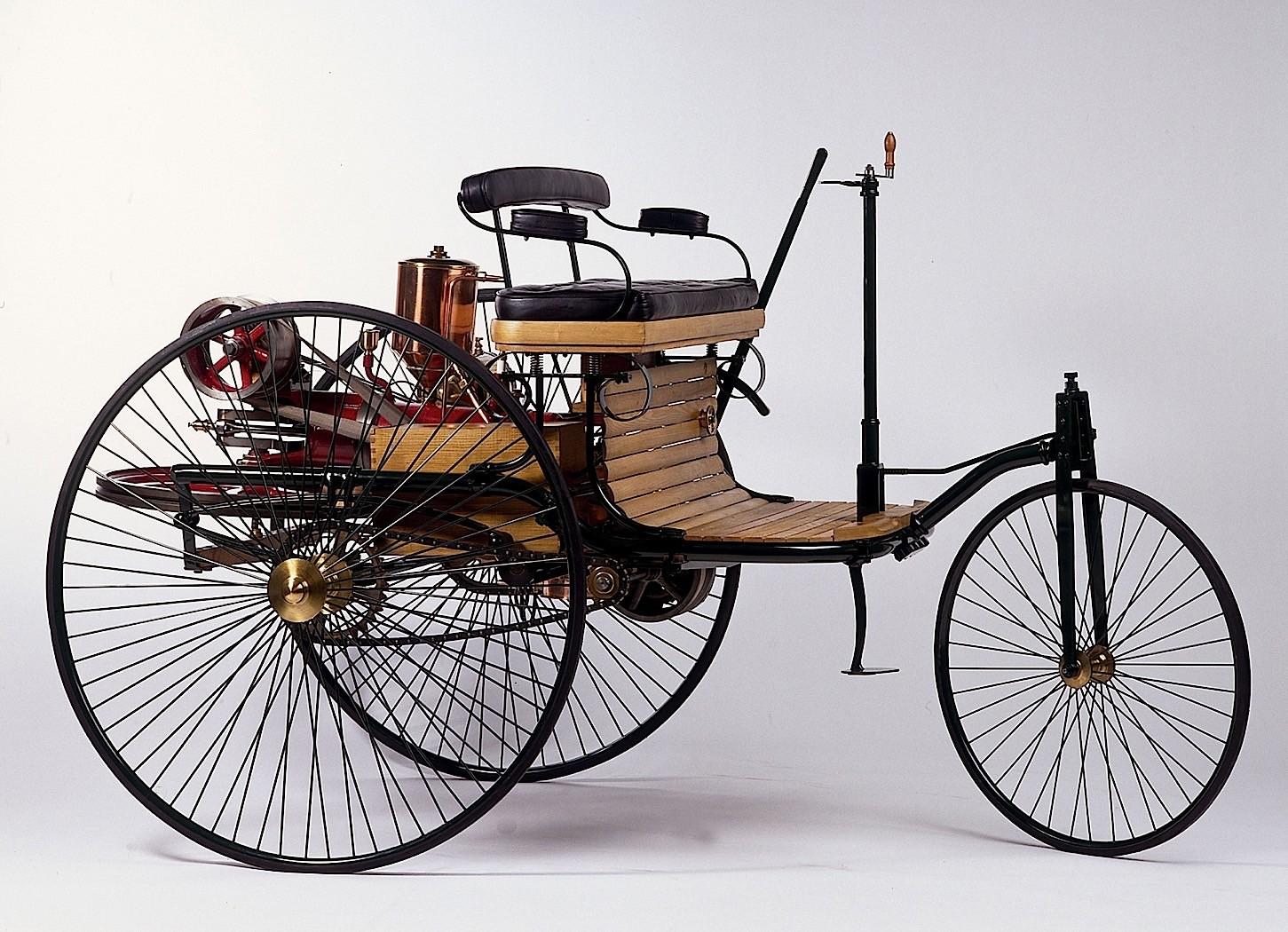 Mercedes-Benz Celebrates 130 Years of Modern Automobiles - autoevolution