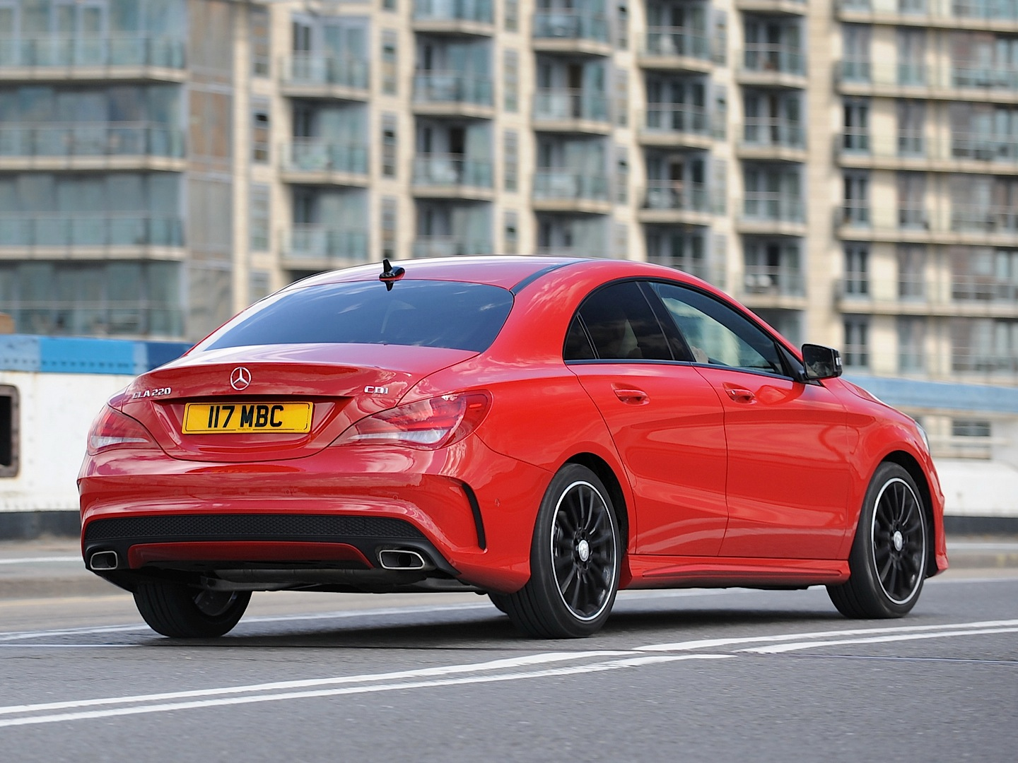 Mercedes Benz Cla Cdi Gets Reviewed By Car Photo Gallery on Bmw 5 Series Touring