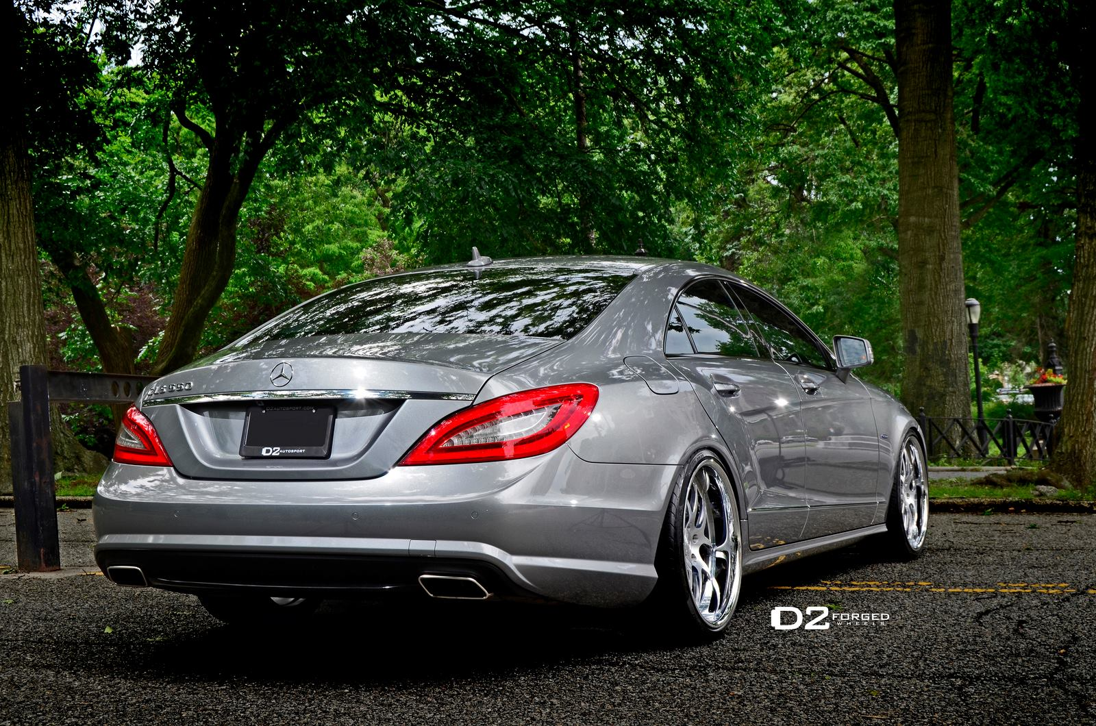 Mercedes Benz Cls550 Shines On 20 Inch D2forged Wheels