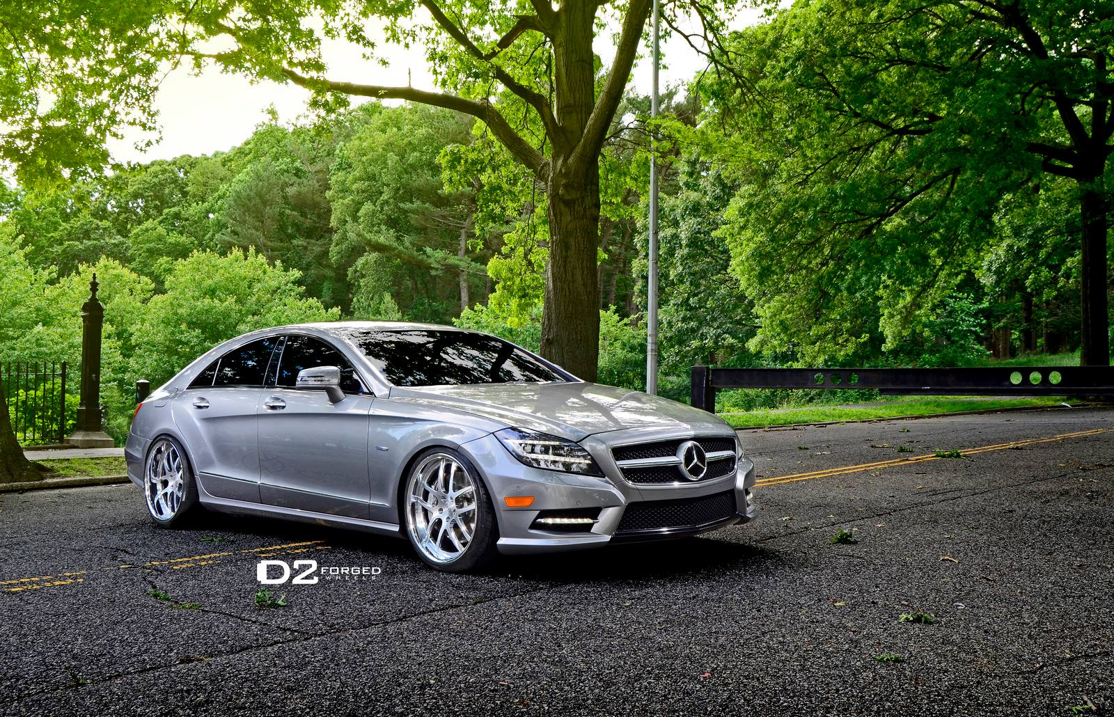 Mercedes Benz Cls550 Shines On 20 Inch D2forged Wheels Autoevolution