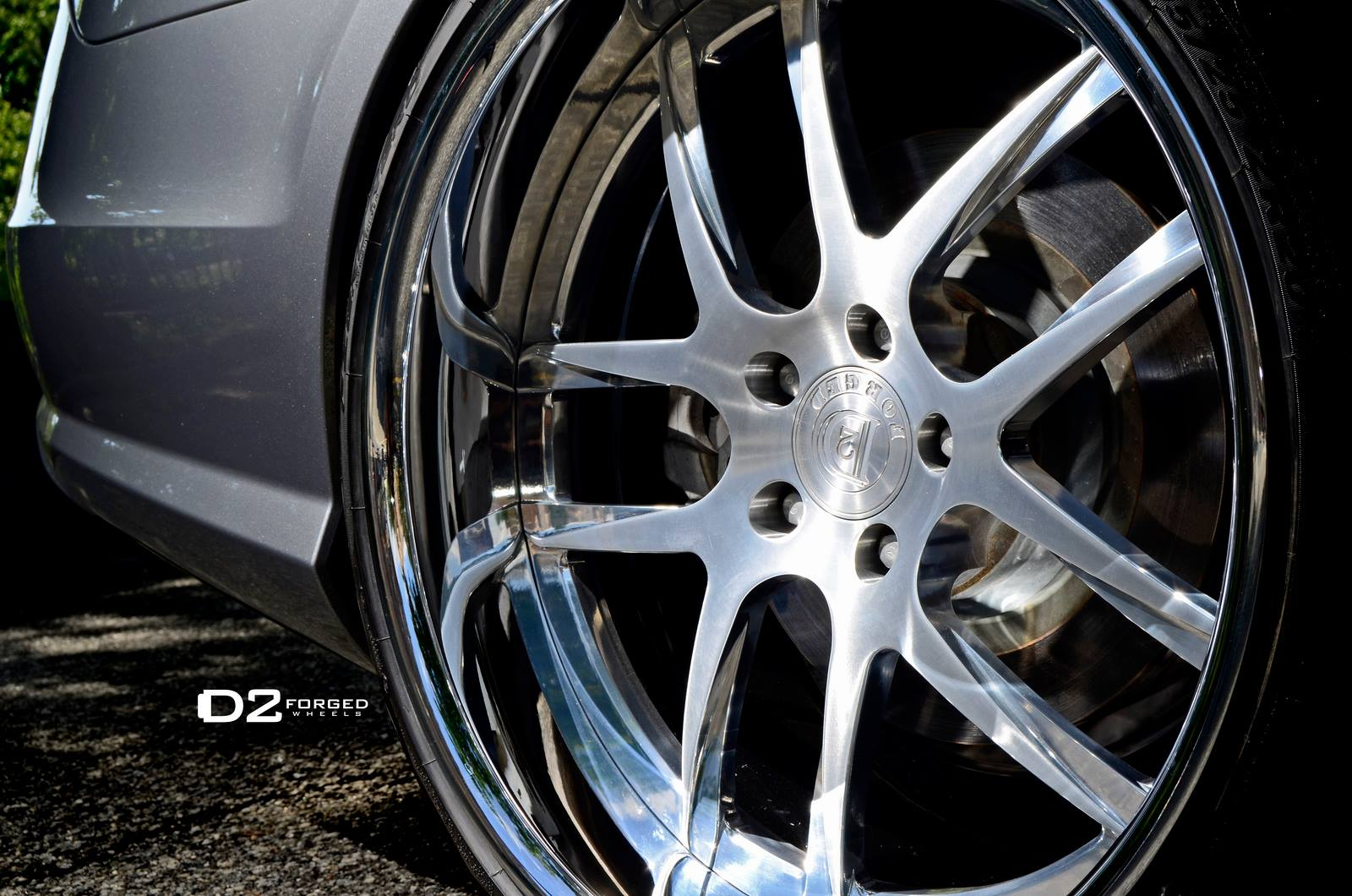 Mercedes benz cls550 shines on 20 inch d2forged wheels for Mercedes benz 20 inch rims
