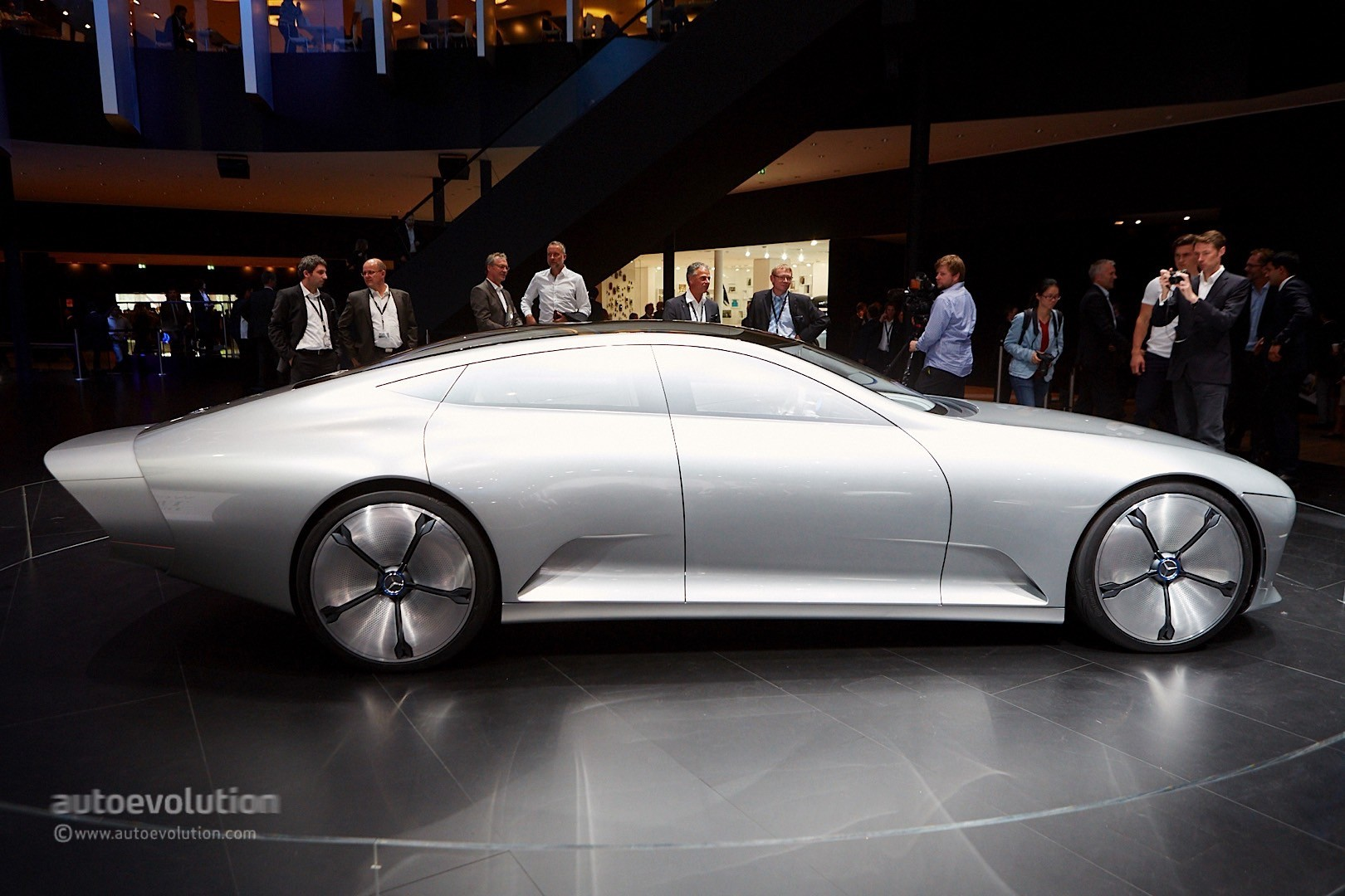 Mercedes-Benz Concept IAA Transforms for Low Drag - Mercedes GLA Forum