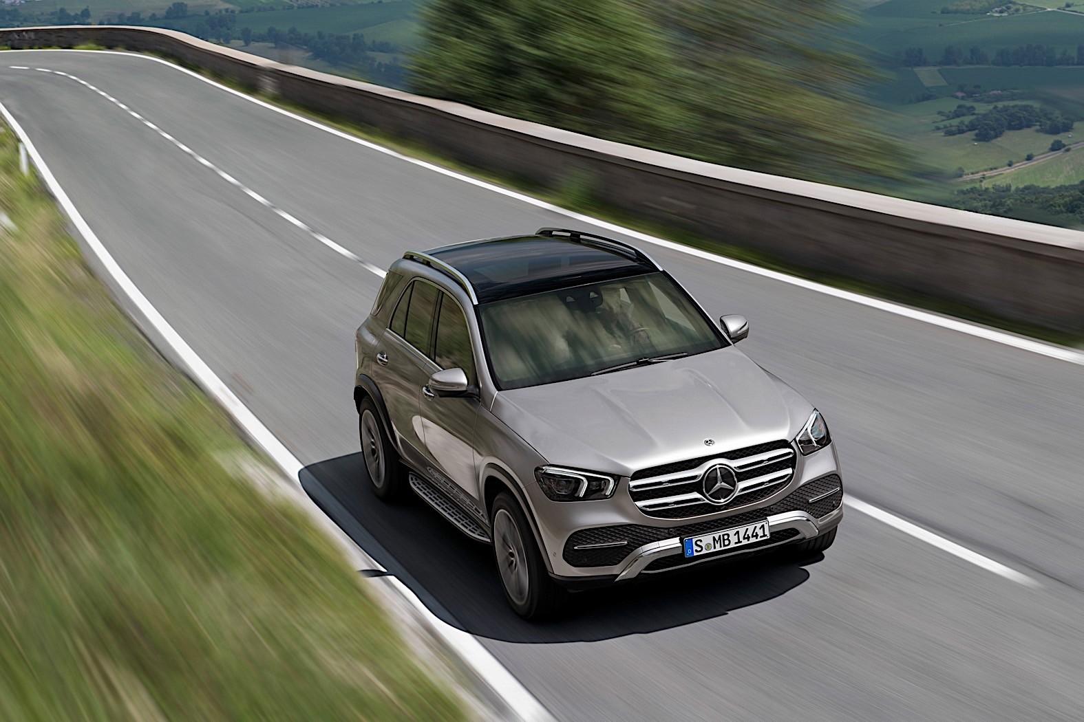 Mercedes-Benz E-Active Body Control Overview - autoevolution