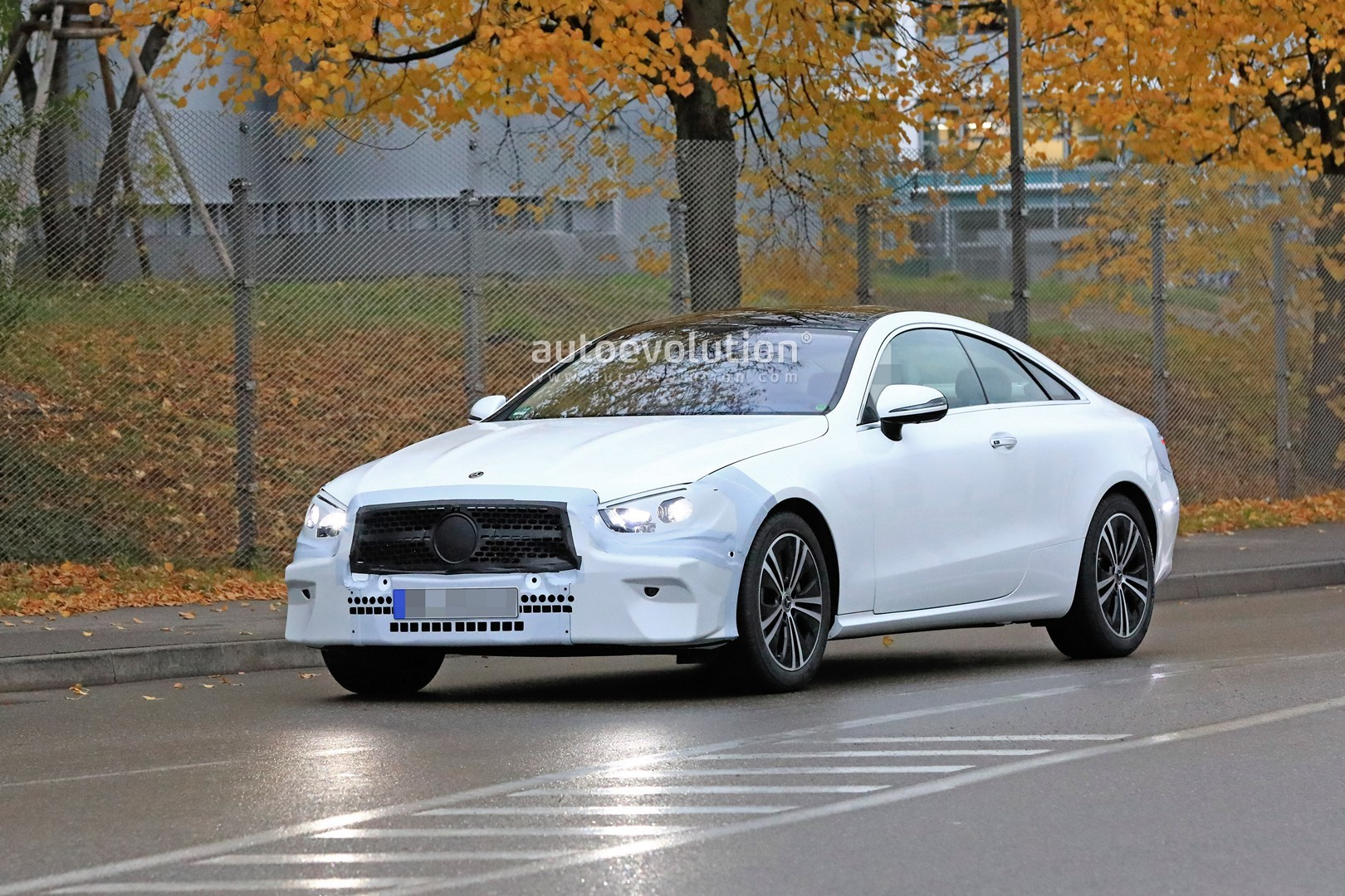 2020 Mercedes-Benz E-Class Coupe Facelift Spied for the ...