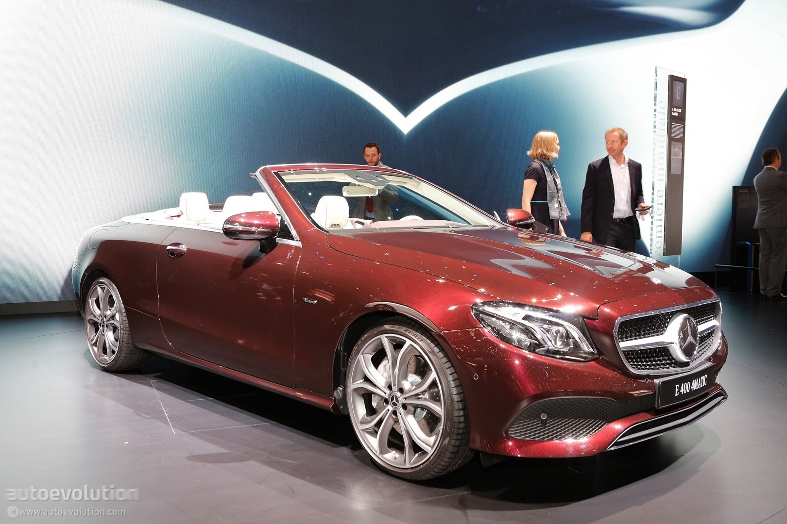 Mercedes C Class Coupe >> New Mercedes-Benz Compact Sedan to be Made in Mexico ...