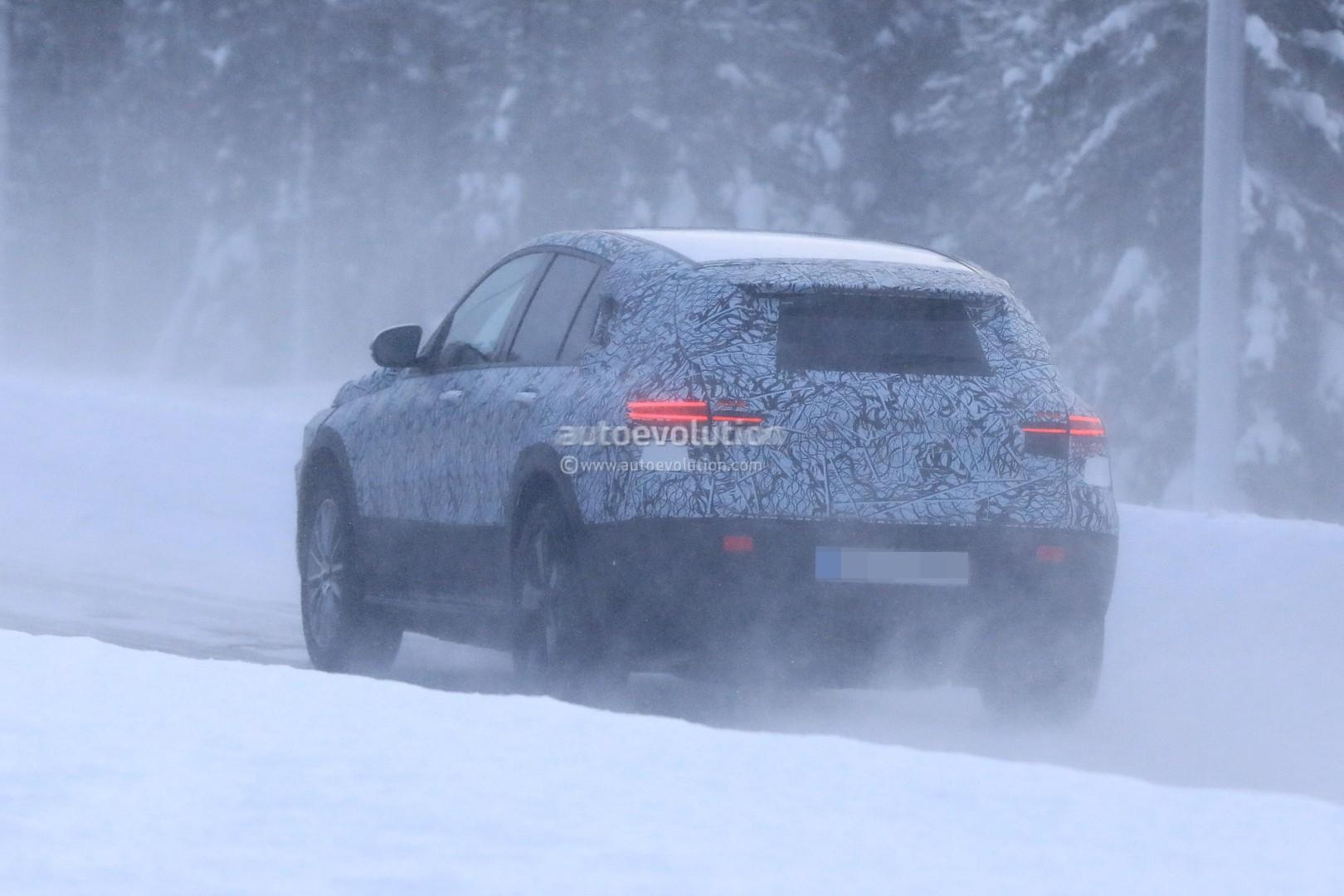 [Imagen: mercedes-benz-eqc-spied-winter-testing-a...ook_10.jpg]