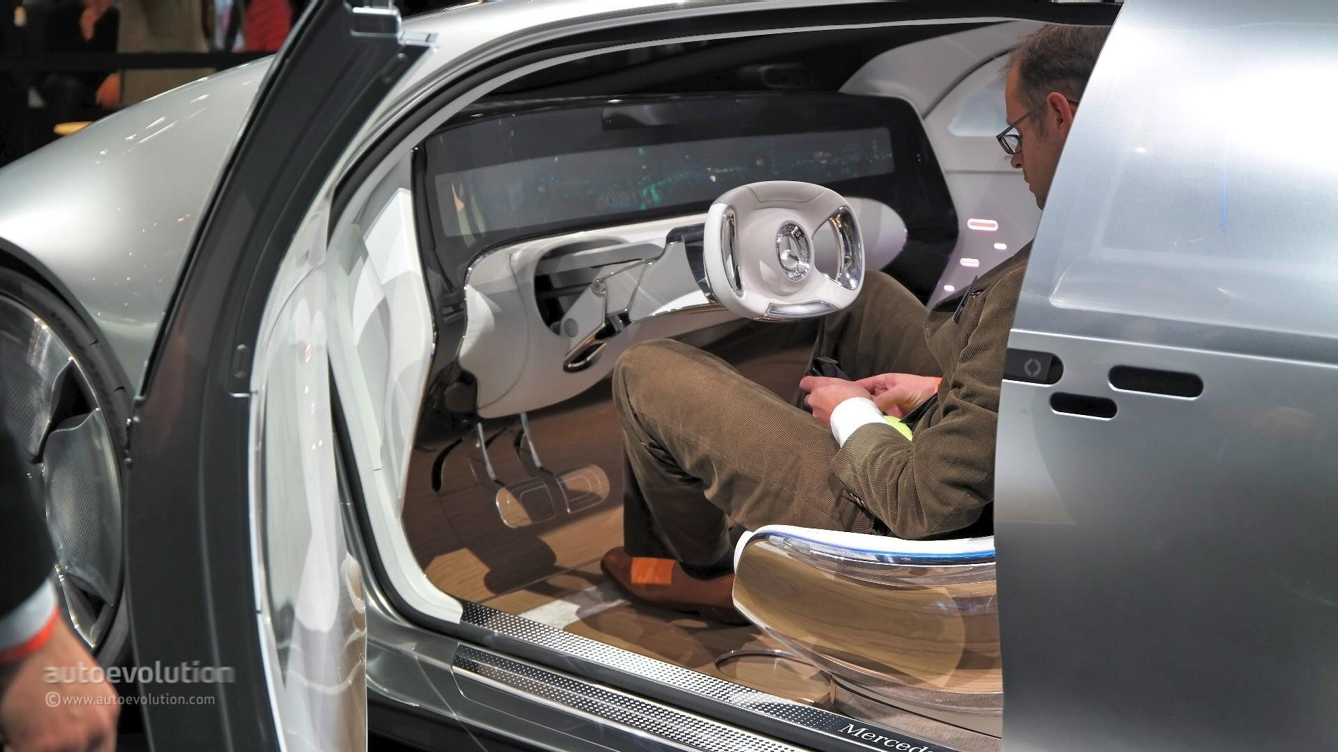 Mercedes F 015 >> Mercedes-Benz F 015 Concept Previews the Future at 2015 NAIAS [Live Photos] - autoevolution