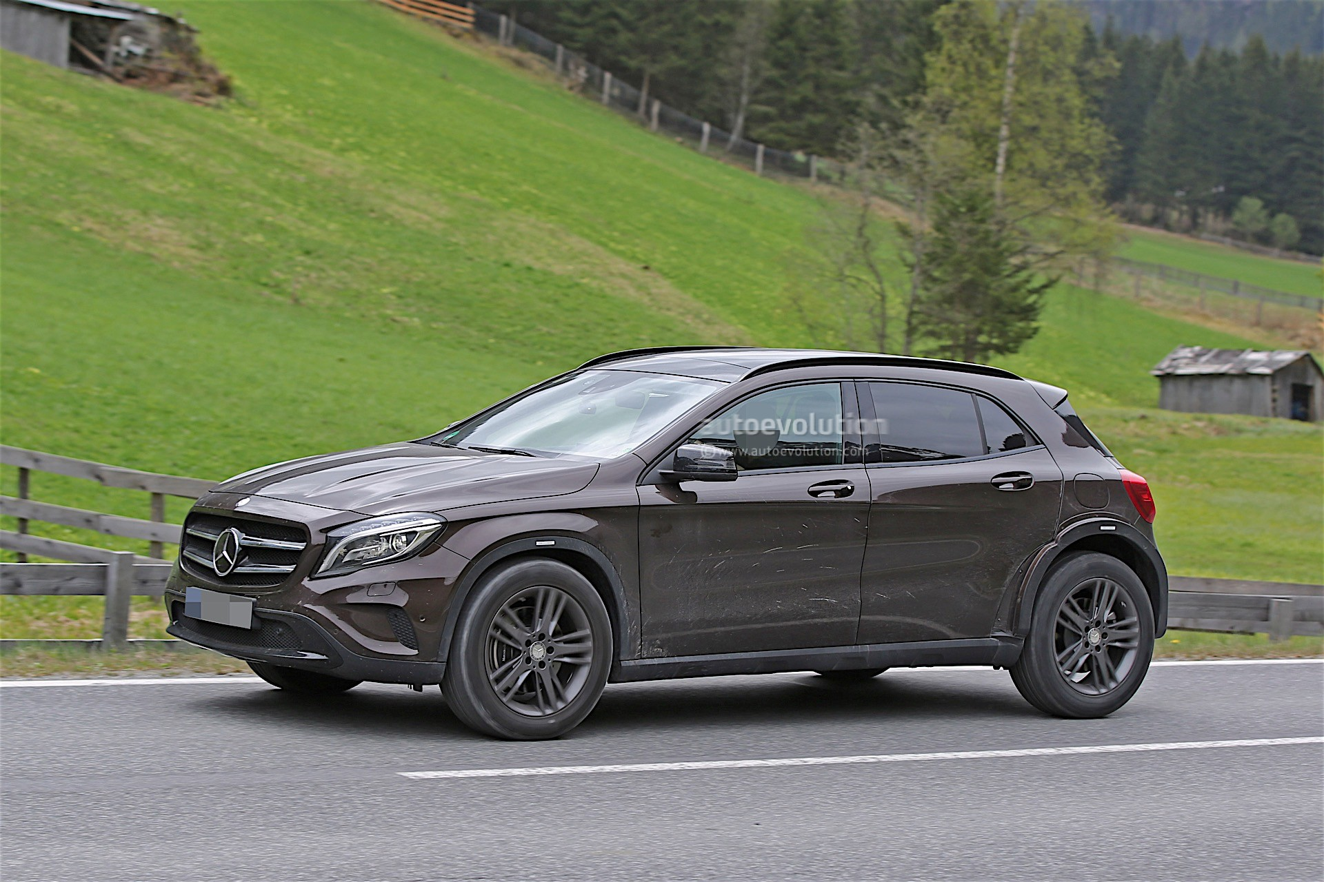 Mercedes Benz Mfa S 4matic Systems Come From Magna