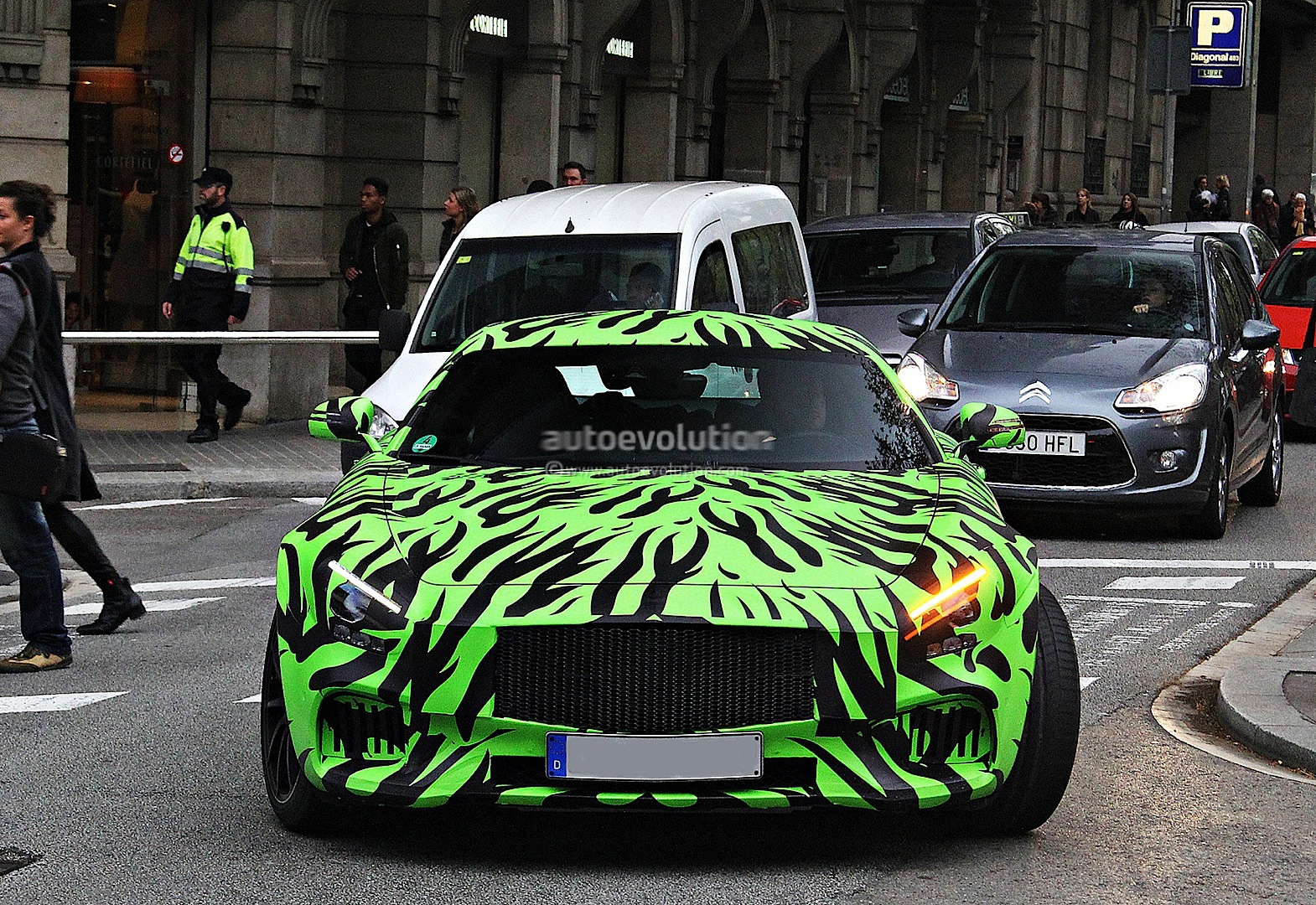 Mercedes Benz Gt Amg C190 Becomes The Hulk In Latest Spy