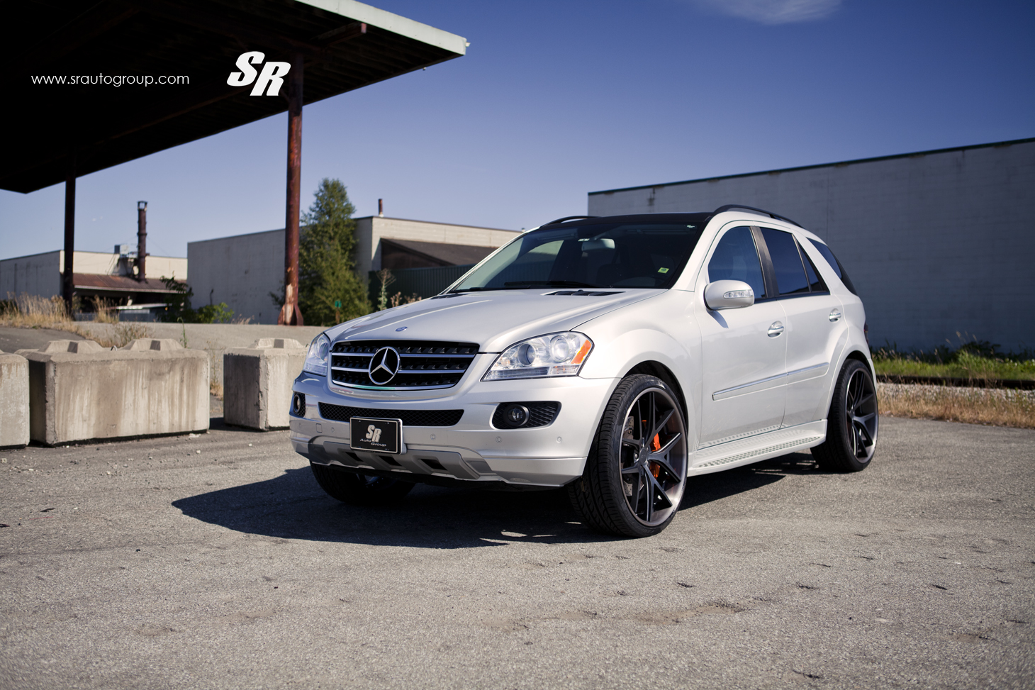 Mercedes-Benz ML 350 W164 Rolling on 24s - autoevolution